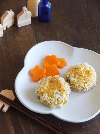 揚げずに簡単に作ることができるコロッケも、お弁当に「チョイ足し」してみましょう。一口サイズのかぼちゃコロッケは、ちょっとした隙間を埋めてくれるちょうどいいアイテムではないでしょうか。