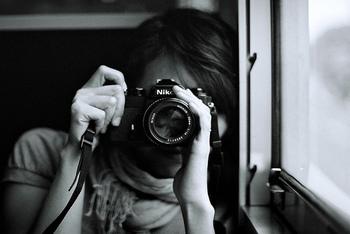 習い事を通して感性を磨いてみても。こちらはカメラ教室の模様。同じ被写体でも撮り手によって見え方も異なる。これまた奥深い世界てす。一眼レフに挑戦してみたくなりますね。
