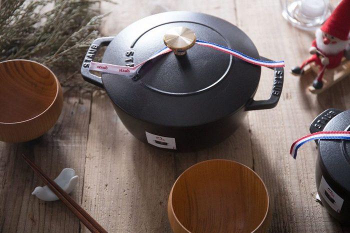 ストウブ鍋が、ここまで称賛される理由は何なのでしょう。その優れた機能性について簡単にご説明しましょう。