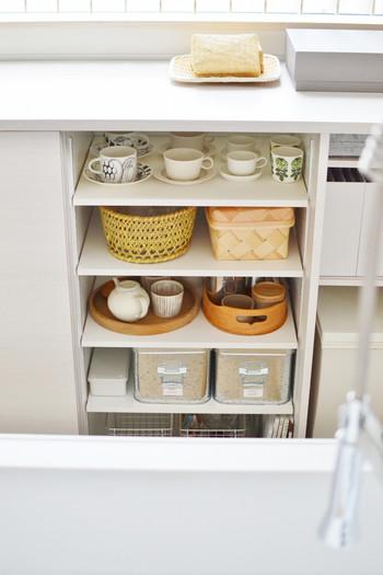 食器棚の中での佇まいもなんだか素敵です♪毎日開ける場所なので、見た時に少しでもテンションが上がる見え方の方がいいですよね。