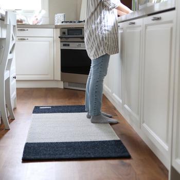 キッチンにもちょうどよいサイズ。周りの家具と合わせれば、オシャレ度アップ♡
