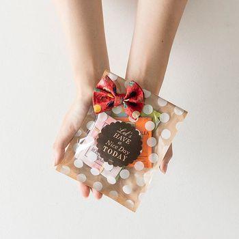 お礼やご挨拶などでちょっとしたプレゼントを渡す機会は多いもの。そんなプチギフトがより嬉しく感じられるのが、心のこもったラッピングです。「ほんの気持ちです」と差し出す時、可愛いペーパーや袋に包まれていたら思わず笑顔が零れます。