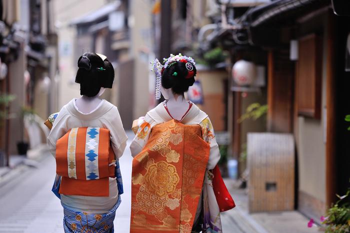 せっかく京都に訪れたからには、ご紹介したカフェで、ぜひ日本の味を満喫していって下さいね。素敵な京都の思い出ができますように。