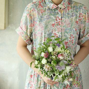 2017年トレンドのボタニカル柄の可愛らしくて華やかなお洋服たち。お花柄のアイテムは、身に着けているだけで、パァーっと周りが華やいで見えますよね。