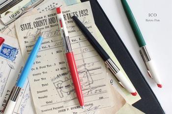 ボールペンだって、自分だけのお気に入りを!ハンガリーで作られている「ICO(イコ)社」のノック式ボールペンは、どこかレトロなのに、それでいてスタイリッシュ。常に持ち歩きたくなるほど、オシャレなボールペンですね。