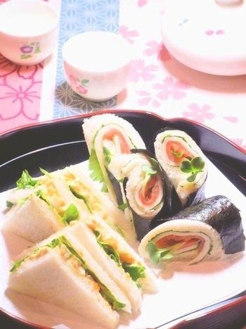 おもてなしや、和食にぴったりの和風サンドイッチ。1つは、奈良漬け+ゆで卵。もう1つはスモークサーモン+スライスチーズ+海苔。巻き寿司みたいな見た目もユニークです。