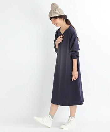 一枚で着こなすワンピースは、初心者さんでも簡単におしゃれにまとめることができるスタイルです。