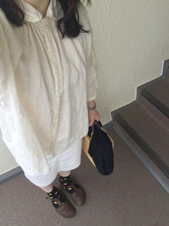 思い切って柄の靴下を合わせてみるのもオシャレ。色んな柄にチャレンジして、靴をもっとドレスアップしちゃいましょう♪