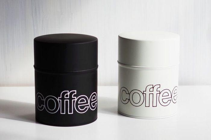 シンプルで、どことなく男気溢れるデザインの江東堂高橋製作所が作るコーヒー専用のコーヒー感は、なんだかとっても潔ぎいい。