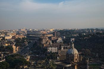 ローマ帝国の要、イタリア・ローマは街全体が『ローマ歴史地区、教皇領とサン・パオロ・フオーリ・レ・ムーラ大聖堂』として世界遺産に登録されています。