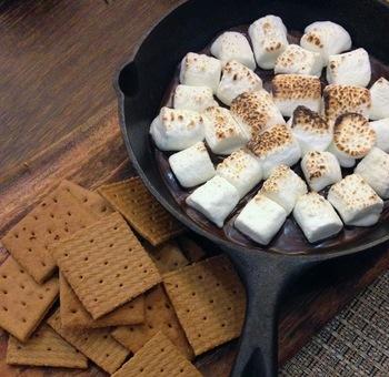 市販のクッキーに挟むだけ!手作り感のある簡単おやつ「クッキーサンド・レシピ」