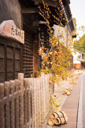 """竹原市内の「町並み保存地区」の""""本町通り""""の一角。 この町は、まるで昔にタイムスリップしたみたいな感覚になれる場所です…。"""