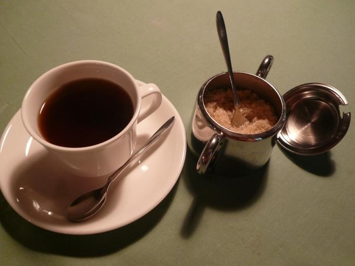 鮮度にこだわってブラジルから生豆で取り寄せているコーヒーは、冷めてもおいしいのだそう。