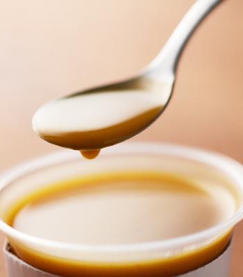 この、これまでのお味噌汁と違う、具材がたっぷりととけ込んだとろみのある汁が「ポタリ」と落ちる、そんな癒しの音感から、商品名が「みそポタ」と名づけられました。