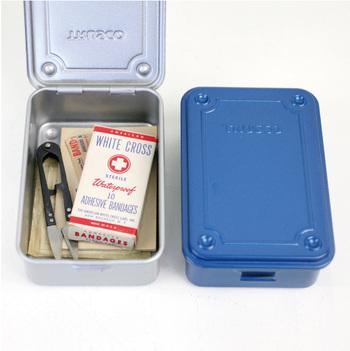 小ぶりなT-150は、薬箱として使うのにぴったりです。
