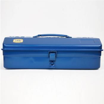 取っ手つきの山型ツールボックスは、たくさんの工具を入れて使っても安心なたっぷりサイズ。頑丈な作りになっています。