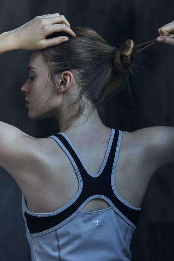ニューヨークシティバレエ団などのプロのダンスウエアから、ヨガ、ランニングに適した高機能かつ女性の身体を美しく見せるシルエットにこだわったスポーツウエアを展開し、今も絶大な人気を誇っています。
