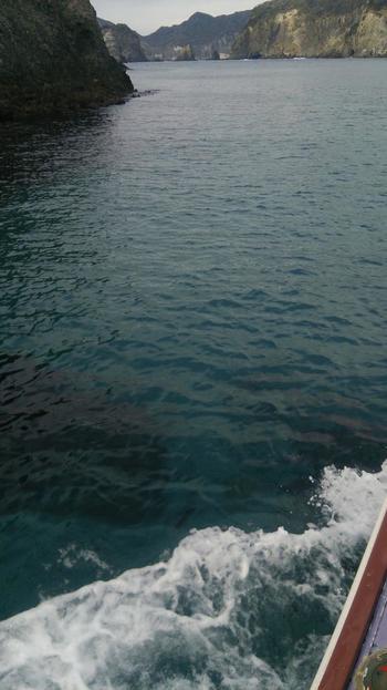 舟でしかたどり着けないというのも、旅の醍醐味。