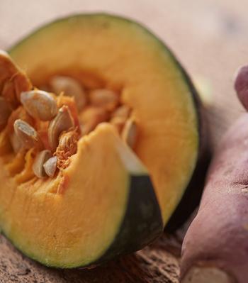名前からしてワクワクしてしまう『ごほうびの黄金』は、カボチャとさつまいもをベースに、甘酒と生姜の風味が効いた、おやつ代わりにも使えそう。