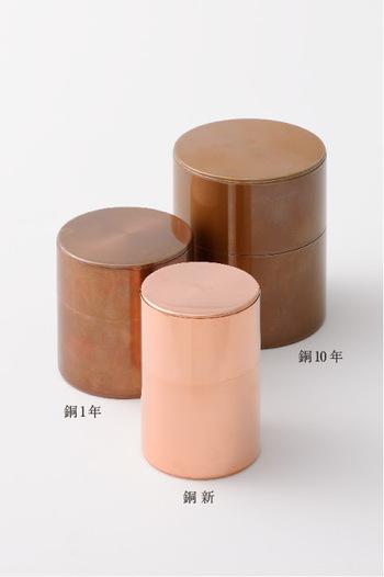 銅製の色の変化は10円玉を思い浮かべると分かりやすいかもしれません。
