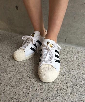 帰ってきた名作スニーカー7年振りのリニューアル【adidasスーパースター】
