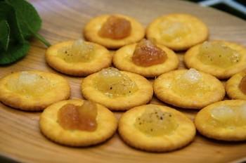 大分県北西部に位置し、周囲を山に囲まれた日田市で作られた梨から作った梨のジャム。