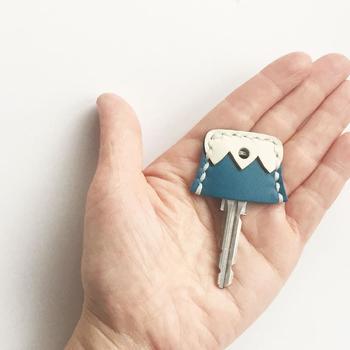 小さな富士山が可愛らしいキーカバー。 これで鍵がバッグで迷子になることもないかも。