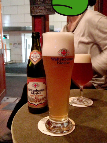 ホットドッグによく合うヨーロピアンビールたちも揃っています。あなたはどれがお好み?