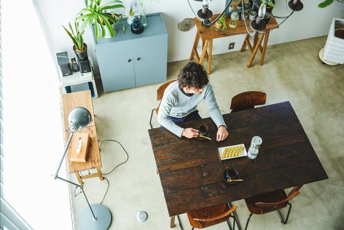 【新連載】minne×キナリノ「ハンドメイドのある暮らし」 vol.1 木工家具作家・岸本直人さん