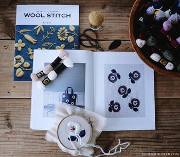 初心者でも刺繍が出来そうと本を読んでみたら、樋口さんのファンになったという人も多数! 口コミでも素敵すぎると評判です。