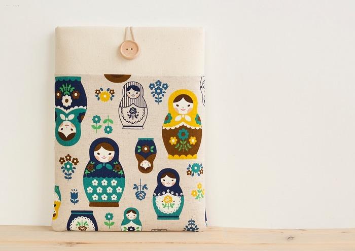 ノートPCにぴったりサイズのケース。 マトリョーシカがかわいい♪