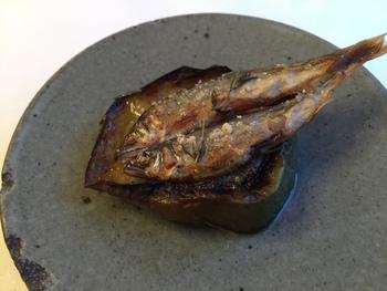 県内産の鮎と茄子を使った「アル・ケッチァーノ」の一品。鮎のほろ苦さと茄子の旨味。想像するだけで…。