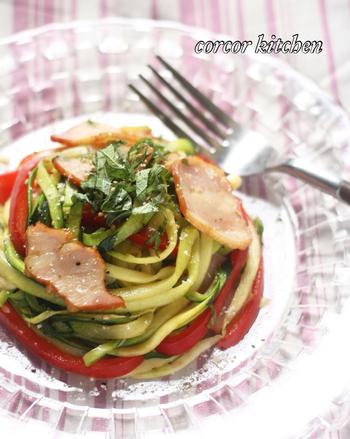 オシャレに野菜を楽しみたいときや、ダイエット中に麺類が食べたいというときにもおすすめなのが、野菜を使ったベジヌードル・ベジパスタ。