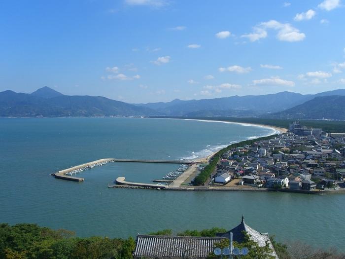 佐賀県の北西部に位置する唐津市。