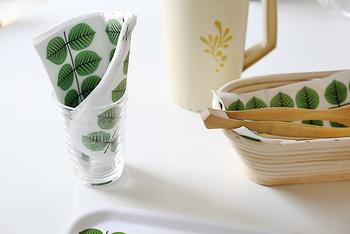 気軽に食卓に取り入れられるペーパーナプキン。来客用のお手拭として使ったり、プレゼントのラッピングに使ったりしても素敵。