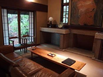 客室は全部で12室。古民家を移築した建物やモダンな建物など、全て趣が異なります。