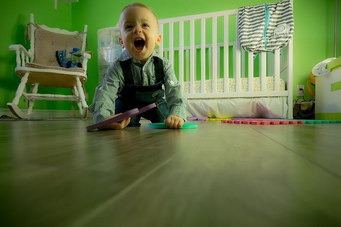 また、子どもの目線よりさらに下から撮影しても面白い写真になります◎元気な感じが出て、迫力ある一枚になります。