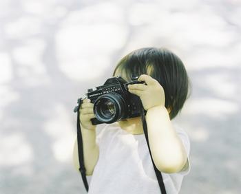 どんなプロのカメラマンよりも、その子の一番良い表情を撮れるのはお母さんお父さん、そして家族の皆さんです♪カメラのコツをつかんで、たくさん素敵な思い出を残してくださいね♪