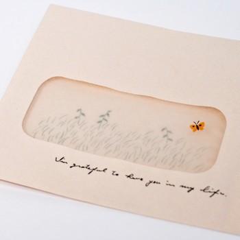 便箋を取り出すと、封筒の内側のイラストが姿を表します。