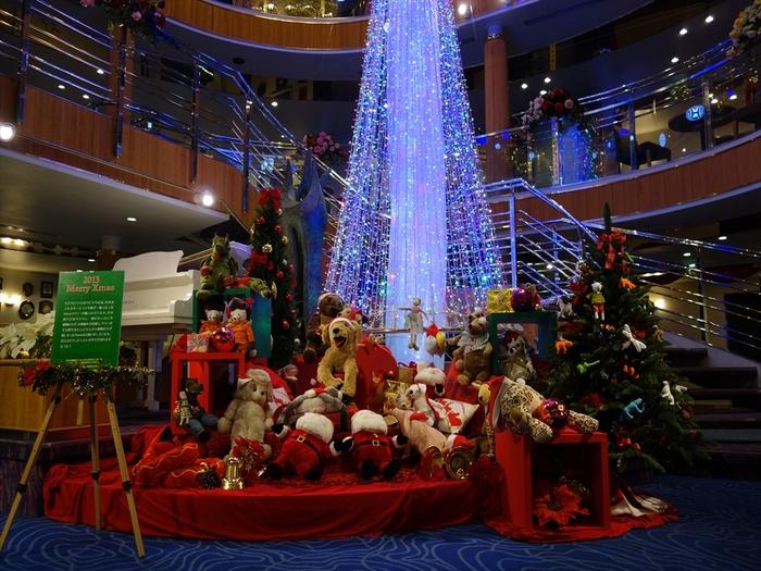 ぱしふぃっくびいなすのショートクルーズのクリスマスクルーズには、横浜発着をはじめ、名古屋・大阪・神戸発着のコースなどさまざまにあり、なかには名古屋発・神戸着、神戸発・名古屋着などもありますので、クルーズ先での観光も満喫できます。