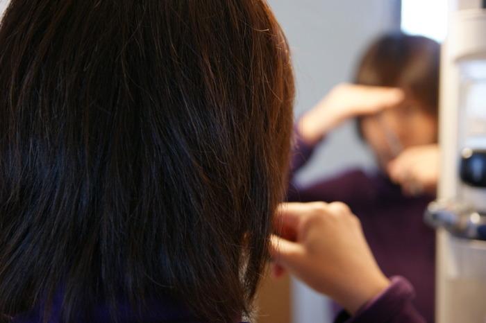 おうちで簡単キレイ♪ 失敗しない前髪セルフカット術!