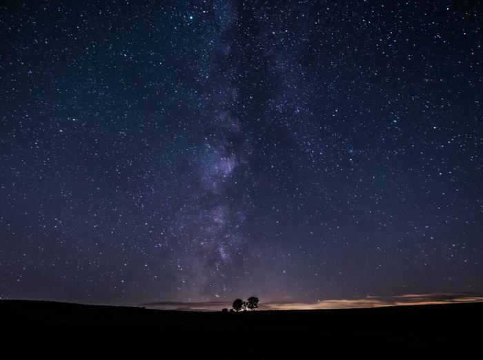 また美瑛は星がきれいに見えることでも有名。旭川観光や札幌観光の途中で立ち寄るだけでなく、せっかくなら宿泊して、こんな夢のような光景を体感されてはいかがでしょうか。