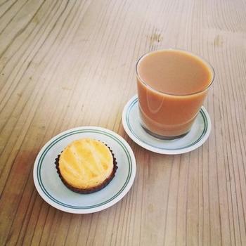 お気に入りのスコーンやパンなどと一緒に頂けば、 いつもよりリッチなカフェタイムになりそうですね♪
