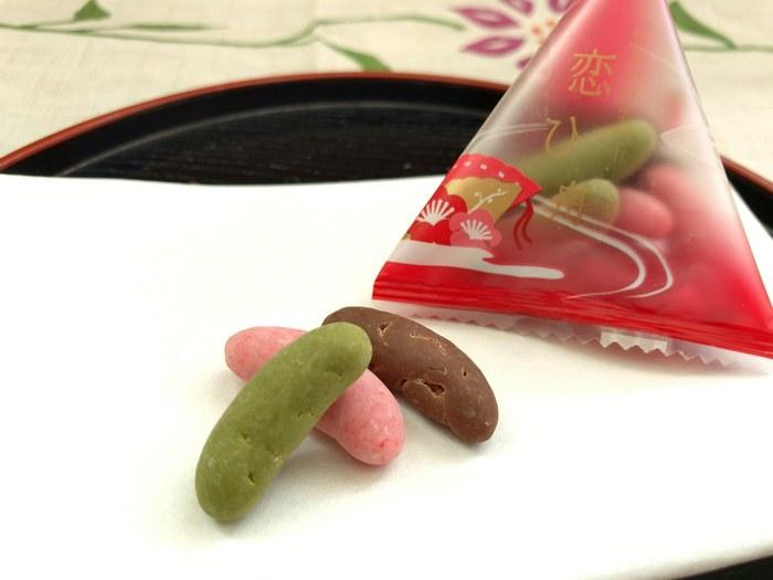 チョコをコーティングした「恋ひ舟」シリーズも人気。 甘いものがそれほど得意ではない人にいいかもしれませんね。