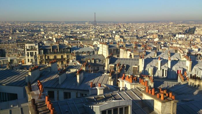 """""""さりげなくおしゃれ""""はどう作る?「パリのアパルトマン」に学ぶ部屋作り"""