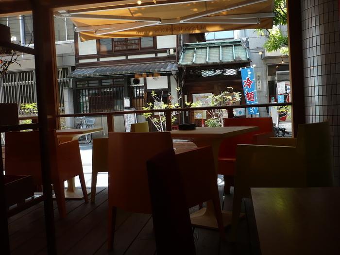 こちらは京都店。コーヒー店が多い京都に於いても支持されています。 他、大阪店もあります。