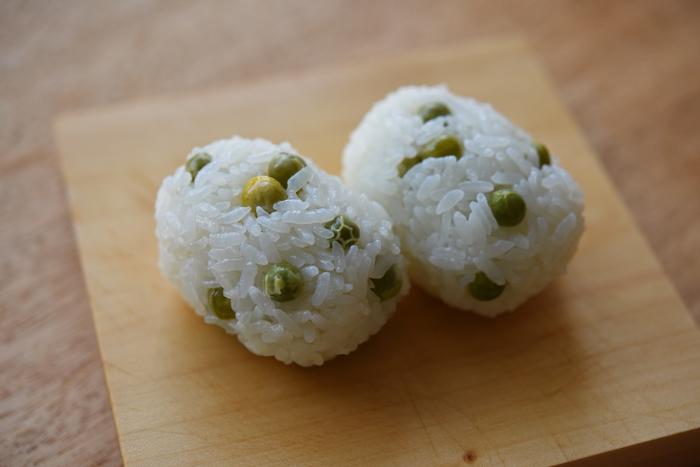 【連載】冨田ただすけさんの「旬の献立」 Vol.5-風情があるね!桜の木の下、お重弁当