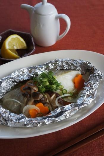 タラもホイル焼きの王道ですね。淡白なタラも、ホイル焼きにすることで、旨みがぎゅっと凝縮されます。オーブントースターで15~20分を目安に焼いてください。