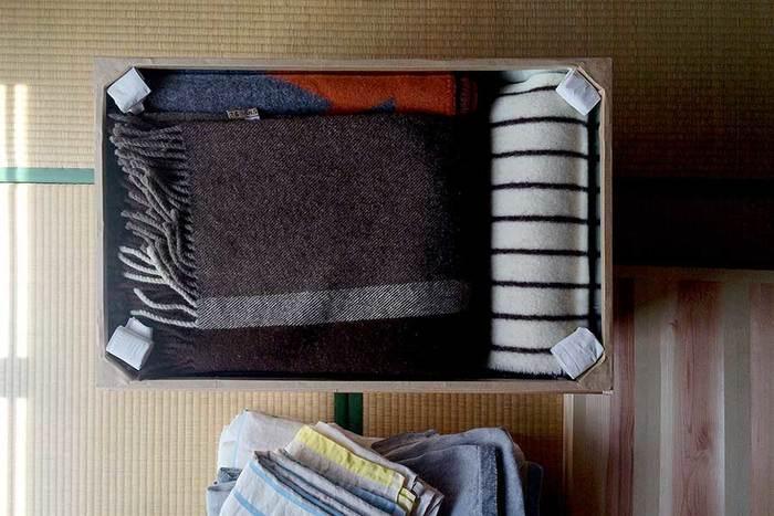 季節ごとの衣類を収納しても。  防虫性に優れているので、冬の衣類には特におすすめ!