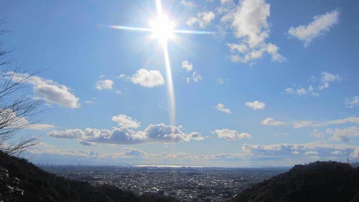 大阪平野を一望出来る箕面山、思いっきり深呼吸して下さいね♪